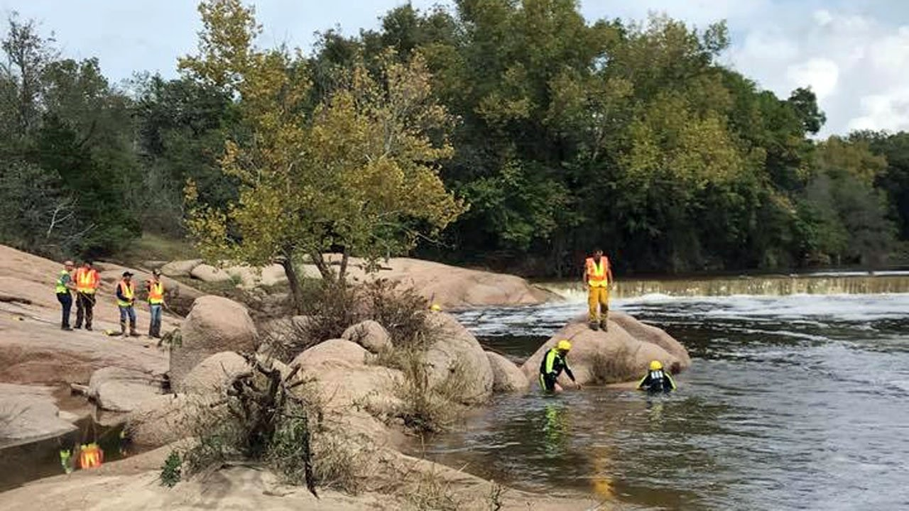Search teams scoured the banks of Pennington Creek in Tishomingo for two missing teens. (Facebook/Johnston County Emergency Management)