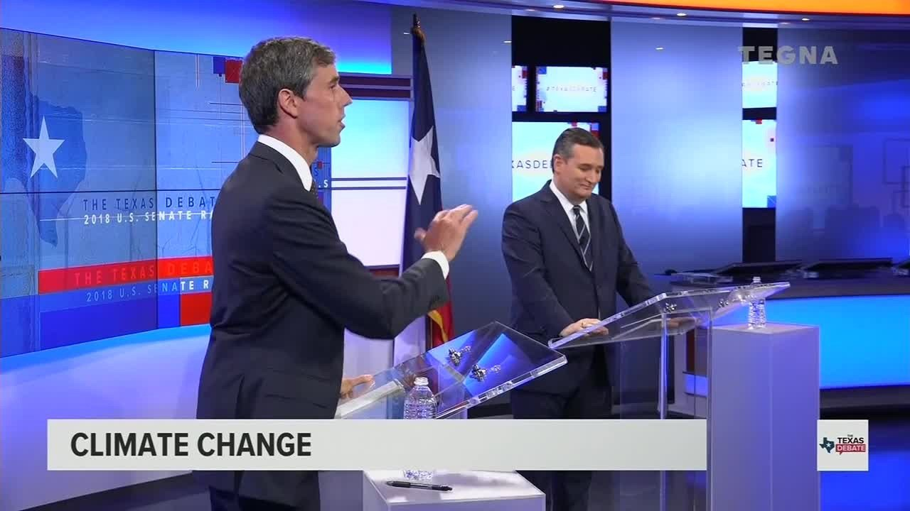 U.S. Senate candidates Rep. Beto O'Rourke (left) and Sen. Ted Cruz debated in San Antonio on October 16, 2018. (KENS/Tegna via CNN)