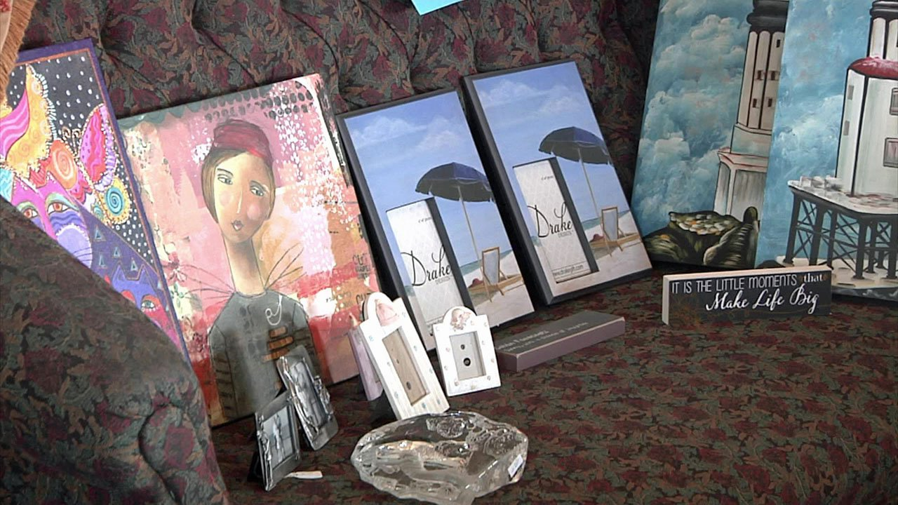 Merchandise from the gift shop at the shuttered Pauls Valley hospital is being offered for sale. (KTEN)