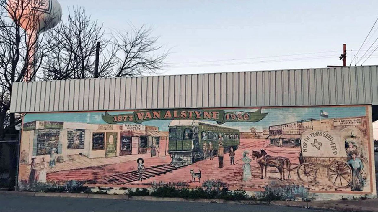 This mural on a downtown Van Alstyne building was recently painted over. (Courtesy)