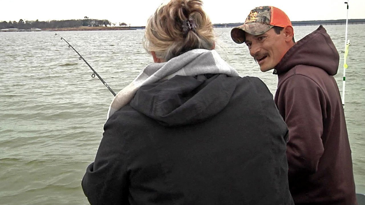 Fishing guide David Escamilla offers tips to a novice. (KTEN)