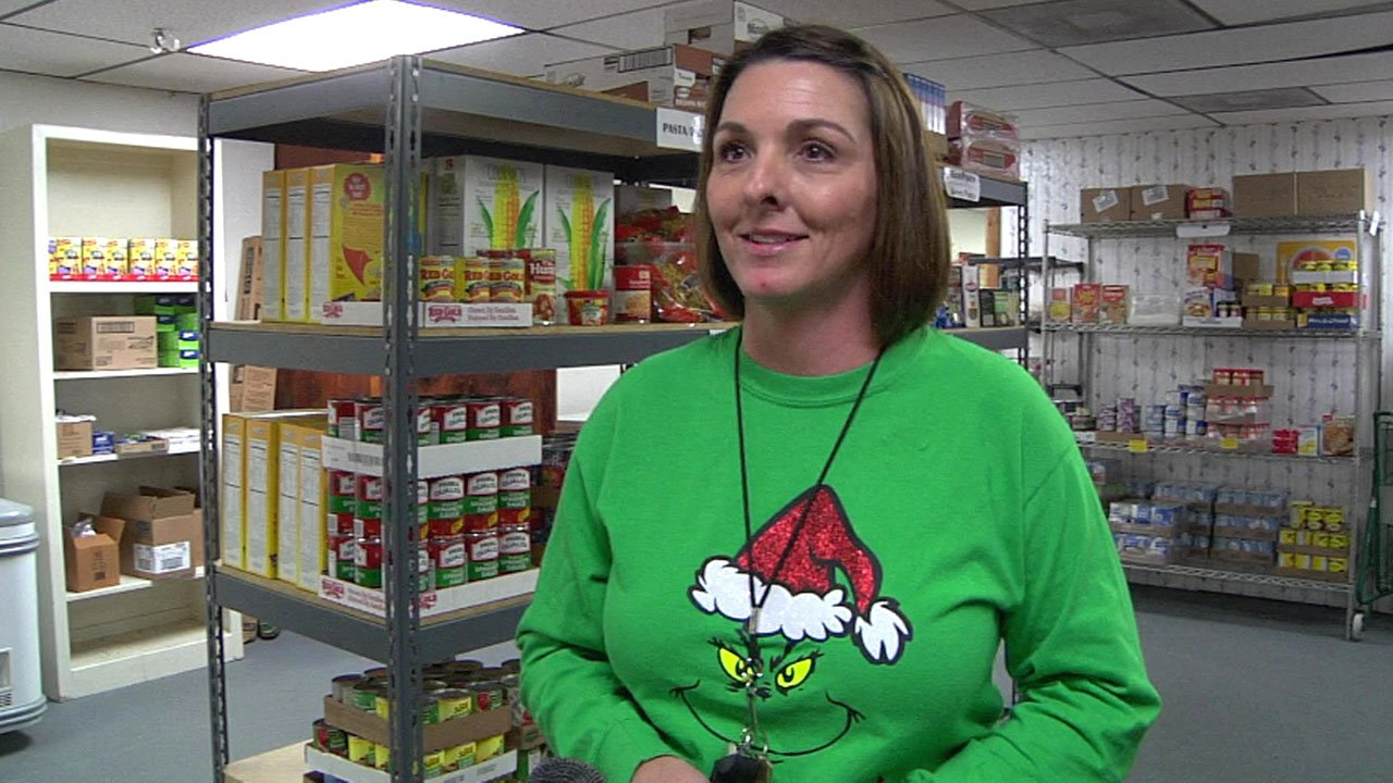 """""""We're the poorest county in Oklahoma, so the need is great,"""" said Our Neighbors Cupboard founder Amber Wooley. (KTEN)"""