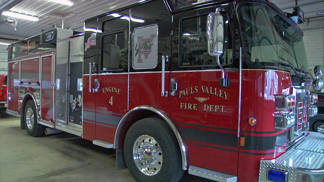 A national rating service has improved its evaluation of the Pauls Valley Fire Department. (KTEN)