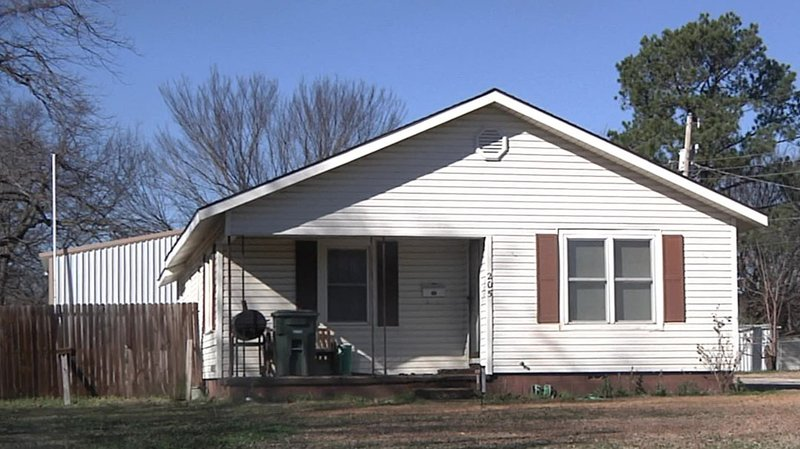 Joseph Lindsey was found dead at this Madill residence on January 3, 2019. (KTEN)