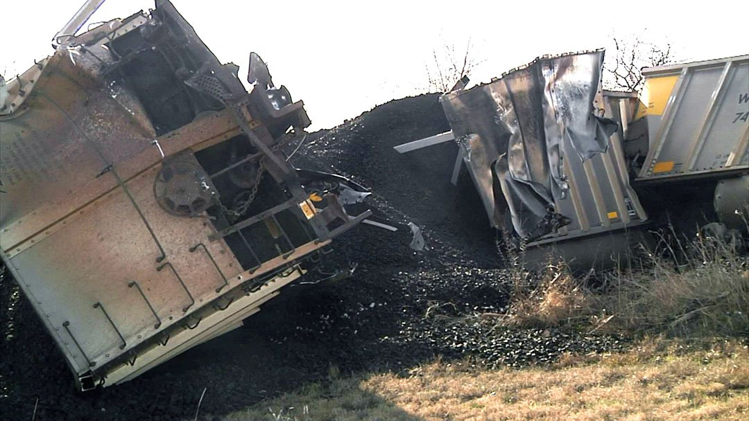 A freight train hauling coal derailed near Bokchito on January 8, 2019. (KTEN)