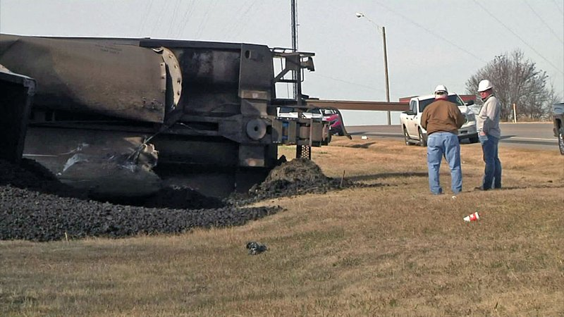 The cause of a freight train derailment near Bokchito on January 8, 2019 was under investigation. (KTEN)