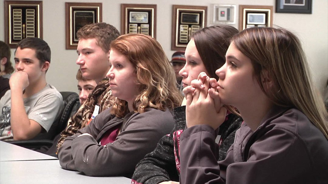 Eighth graders attend a career event at Southeastern Oklahoma State University. (KTEN)