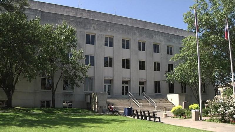 Grayson County Courthouse (KTEN/File)