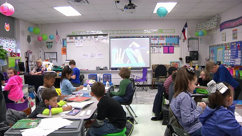 There's no room for new students at Hyde Park Elementary School in Denison. (KTEN)