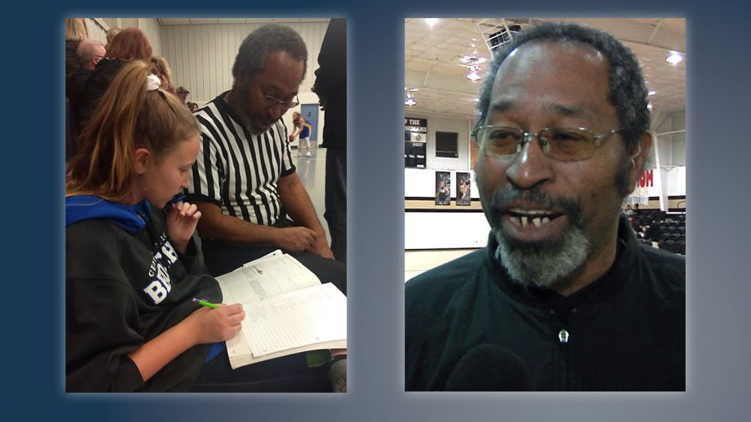A photo of referee Micheal Walton helping Lily Taylor with her math homework went viral. (Facebook/KTEN)