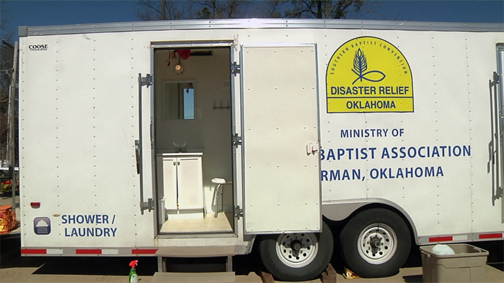 Durant nonprofits host a shower and laundry event for the homeless