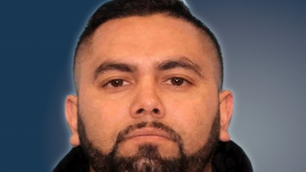 Jesus Chavarria-Vasquez is the suspect in a fatal hit-and-run crash on a Dallas highway on March 10, 2019. (Dallas PD)