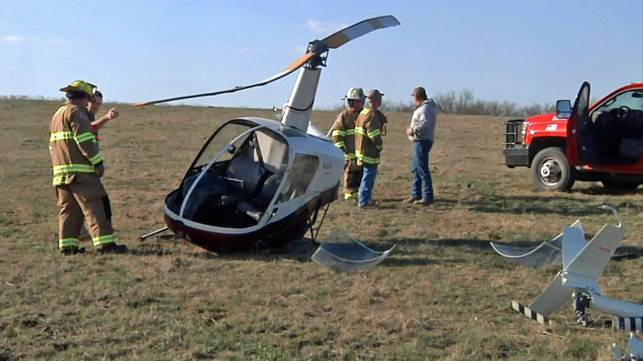 A Robinson R22 helicopter crashed in a farm field between Madill and Ardmore on March 20, 2019. (KTEN)