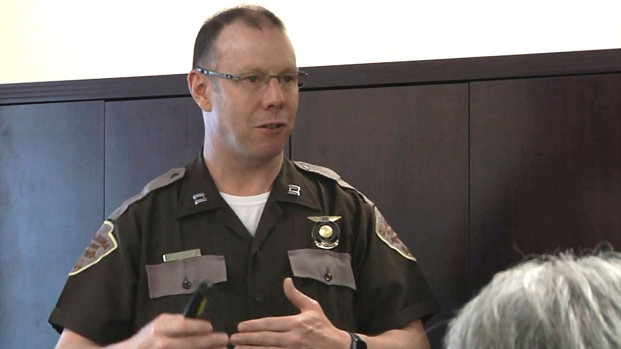 Oklahoma Highway Patrol Trooper Eric Cannaday talks with seniors about driving safety. (KTEN)
