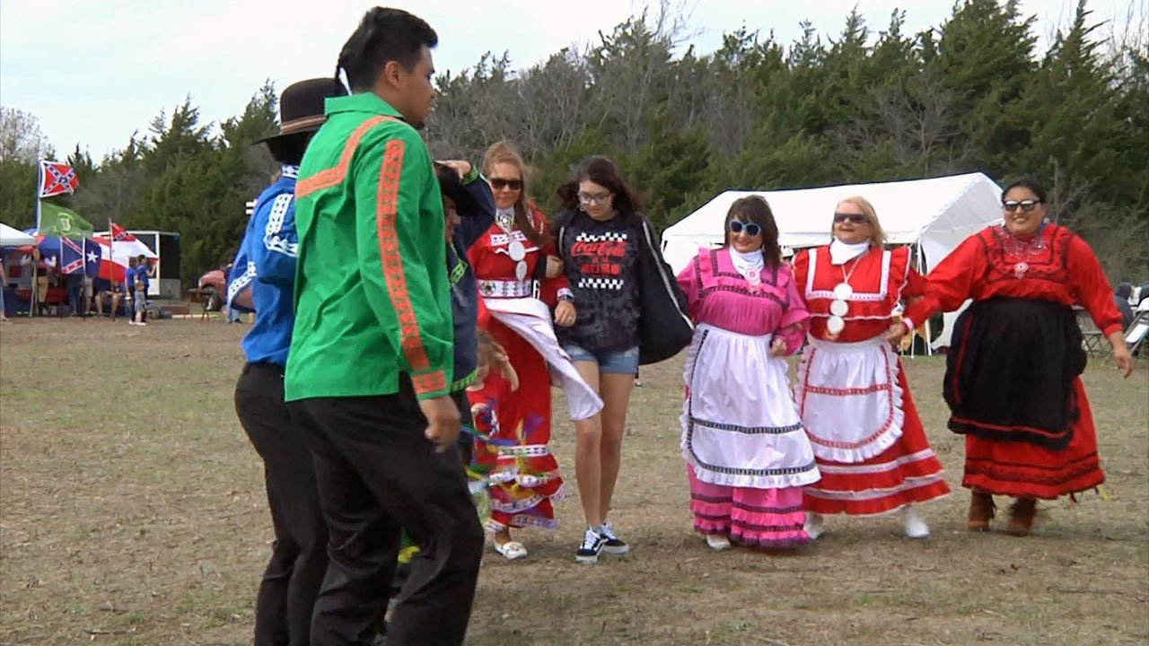 The Choctaw-Irish cultural link was celebrated at the Sherman Celtic Festival. (KTEN)