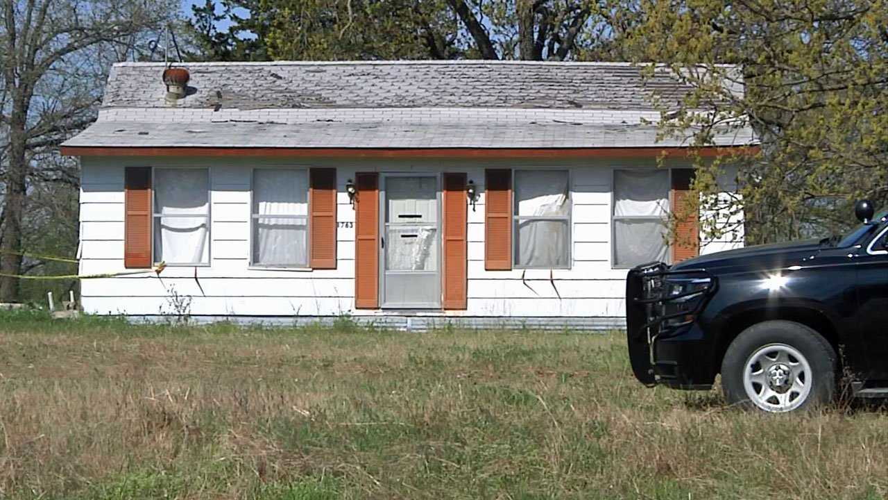 An attempted burglary at this residence near Kingston led to gunfire on April 2, 2019. (KTEN)