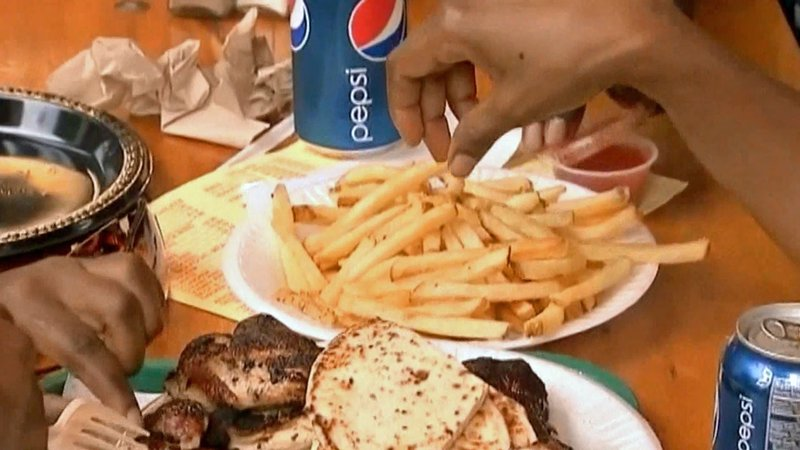 Studies show poor diets are leading to deaths. (KTEN)