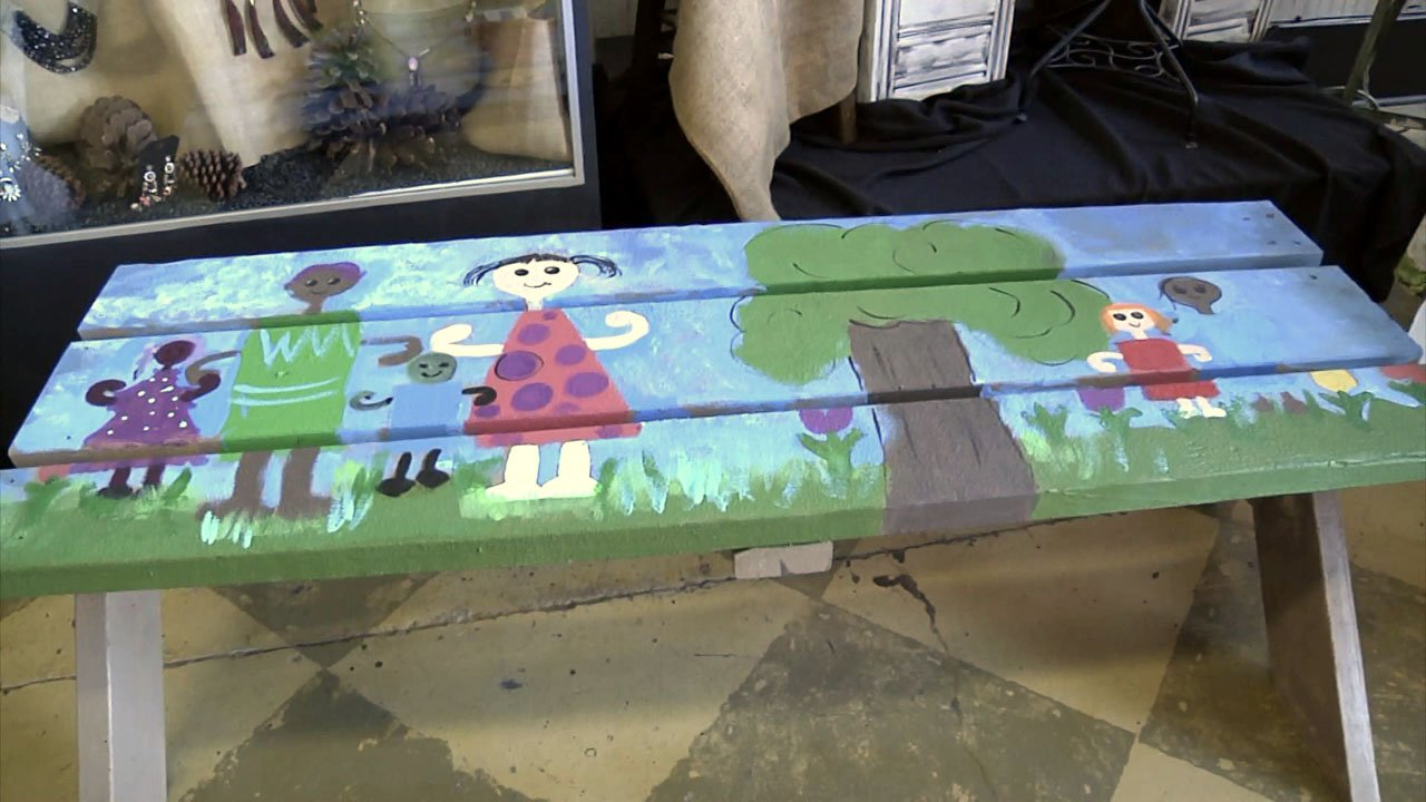 """Sherman ISD is installing """"buddy benches"""" at elementary campuses. (KTEN)"""