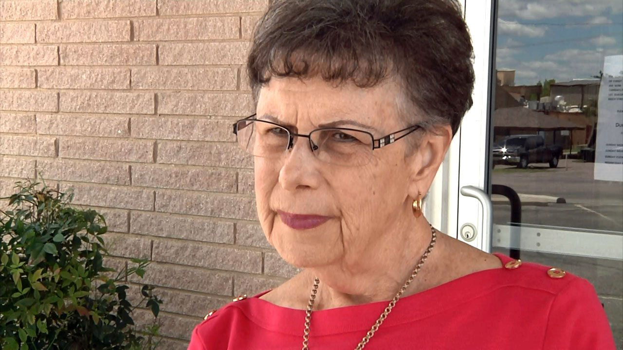 Gay Cunningham has spent more than a decade to find a replacement for Durant's senior center. (KTEN)