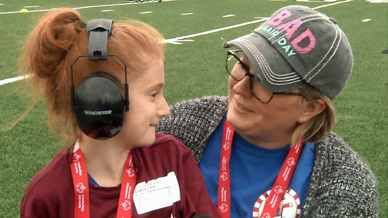 Special Olympian Lanie Lowry with her mom, Crystal Harris-Murphy. (KTEN)