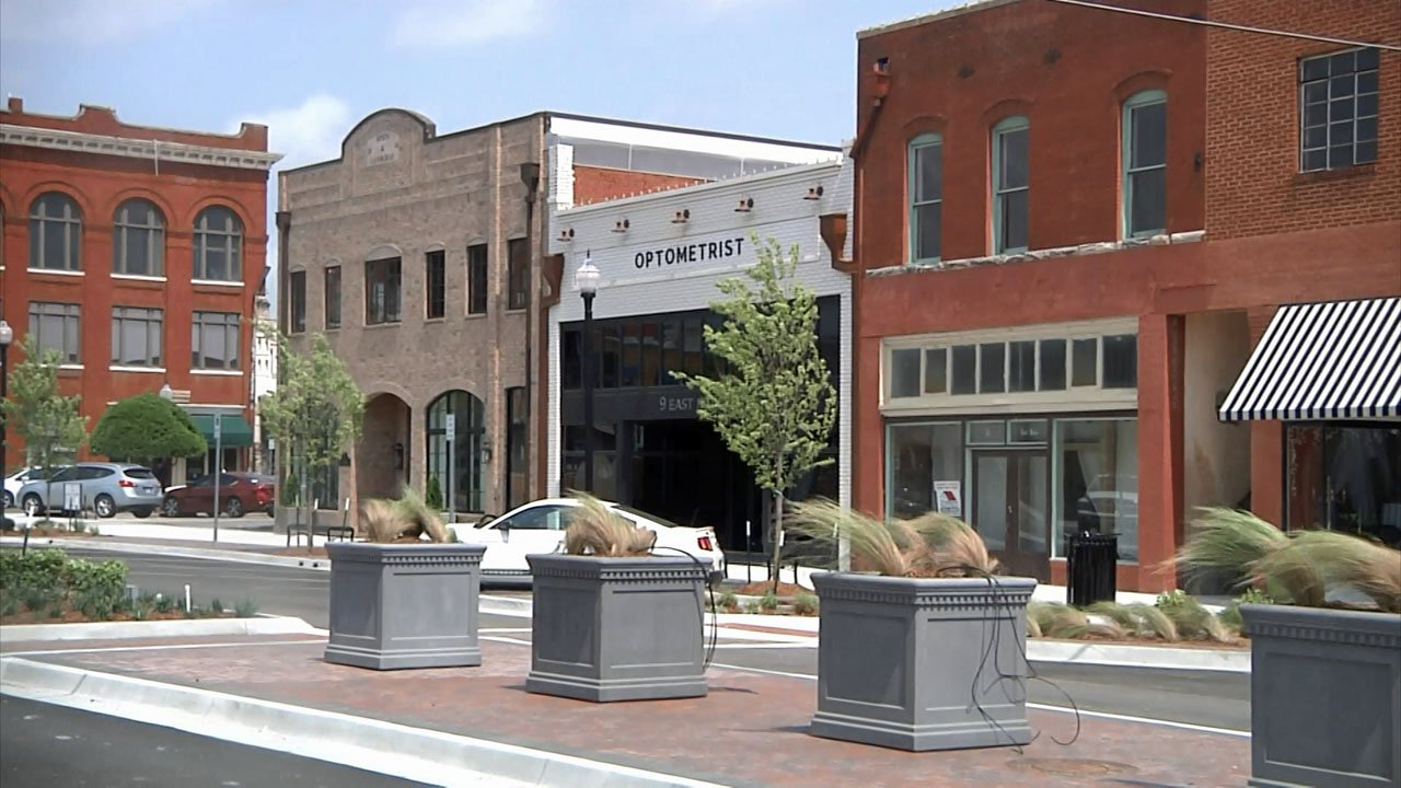 Ardmore's Main Street construction project is nearly complete. (KTEN)