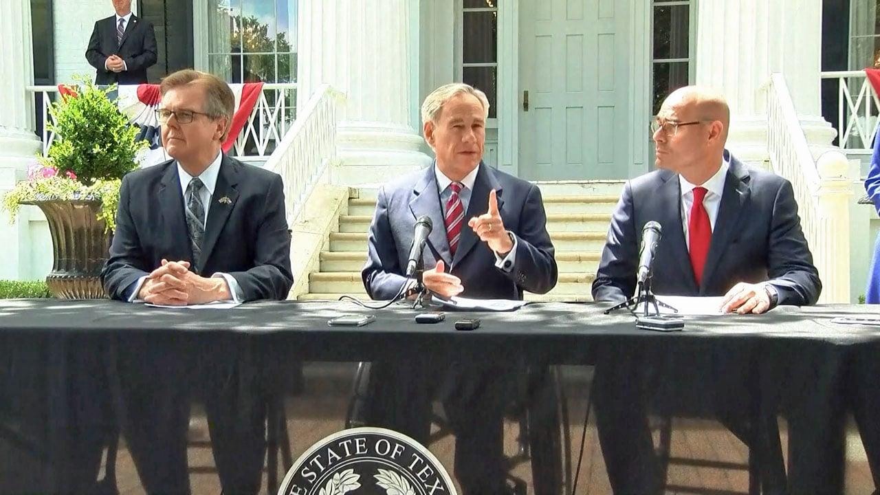 Gov. Greg Abbott announces a deal to provide pay hikes for Texas teachers. (NBC News)
