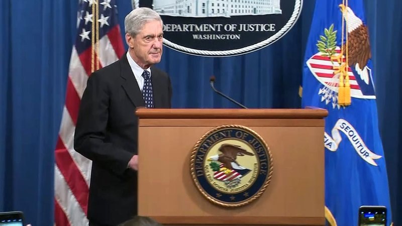 Robert Mueller addresses reporters on May 29, 2019. (KTEN)