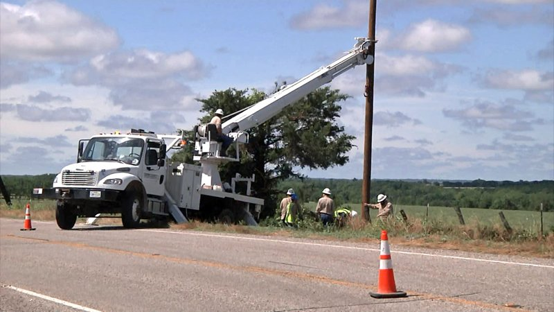 A violent storm near Honey Grove, Texas, on May 29, 2019 knocked out power to some Fannin County customers. (KTEN)