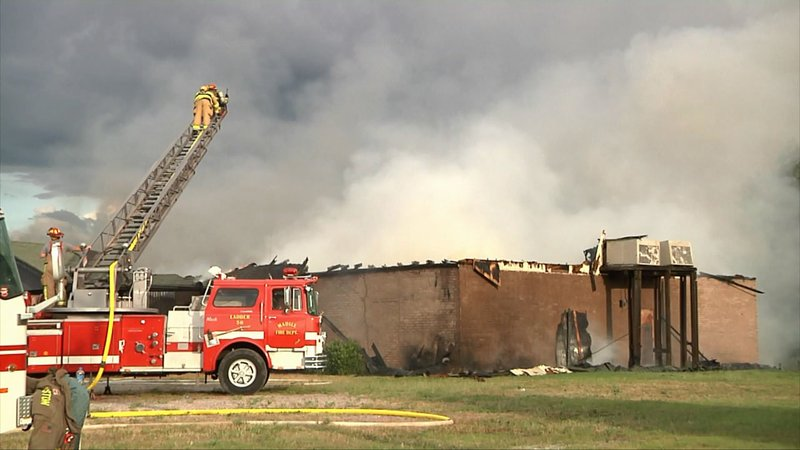 The former Sanford's Steakhouse in Kingston was destroyed by fire on June 6, 2019. (KTEN)