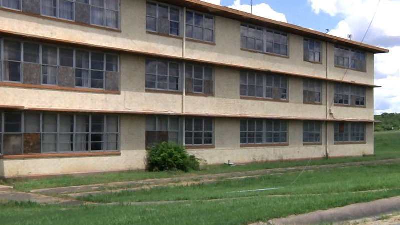 Grayson College will use an EPA grant to address asbestos and lead contamination in buildings at its west extension campus at North Texas Regional Airport. (KTEN)