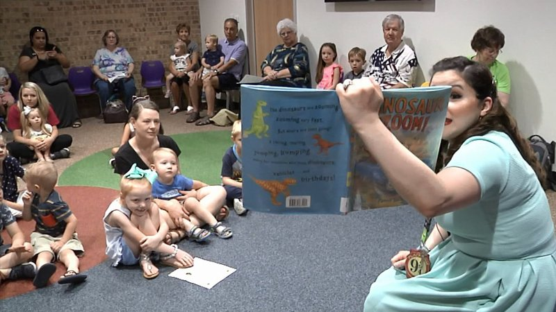 A summer reading program is underway at Grayson County libraries. (KTEN)