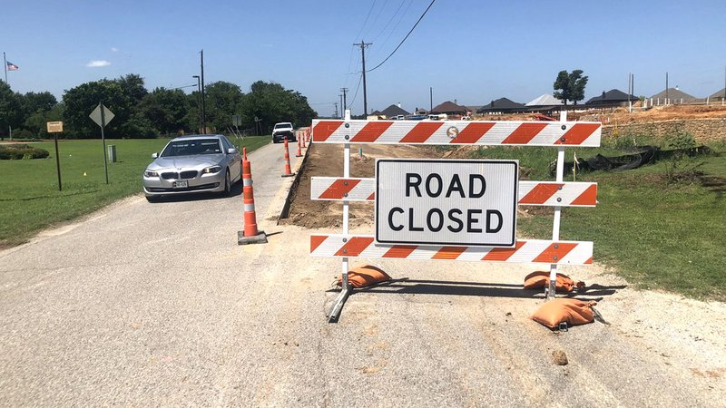 Some Denison motorists say they're confused by ongoing road construction. (KTEN)