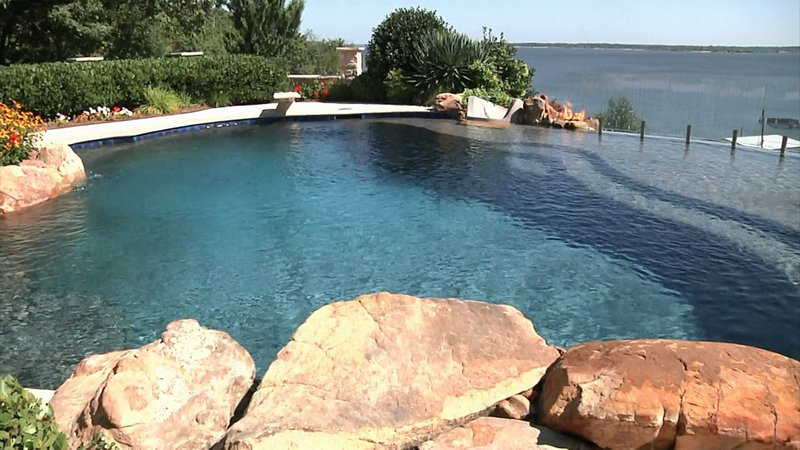 This Denison swimming pool on the shore of Lake Texoma will be featured on HGTV. (KTEN)