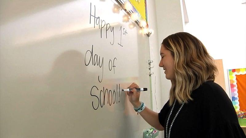 Sory Elementary teacher Lexi Danner gets ready for her first day. (KTEN)