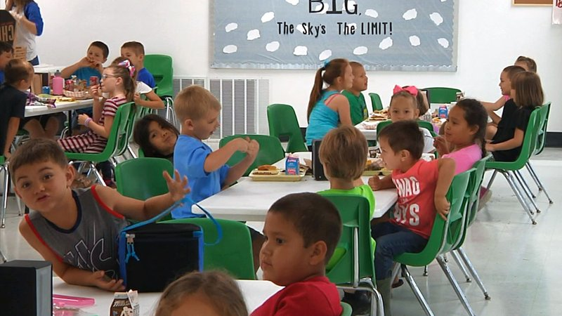 Mill Creek students have lunch in the district's refurbished cafeteria. (KTEN)