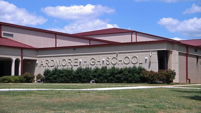 Ardmore High School. (KTEN)