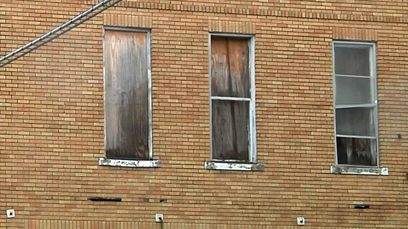 Ardmore asks tenants to report housing code violations. (KTEN)