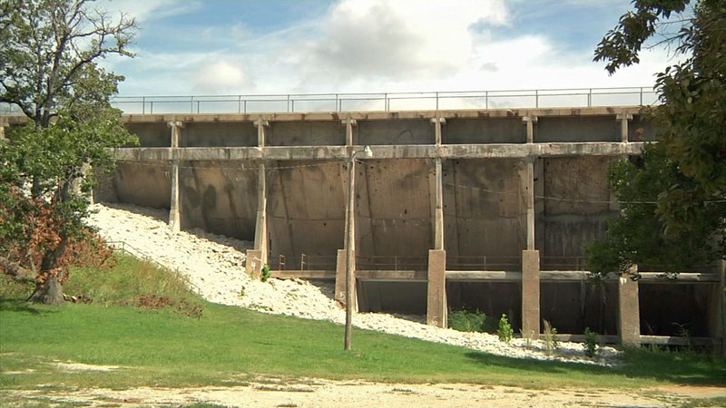 Ardmore's two dams are being inspected. (KTEN)