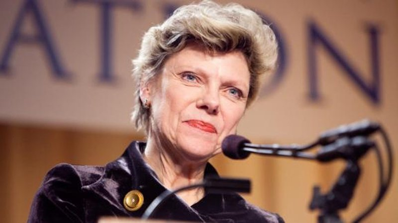 Political reporter and analyst Cokie Roberts has died. (CNN)