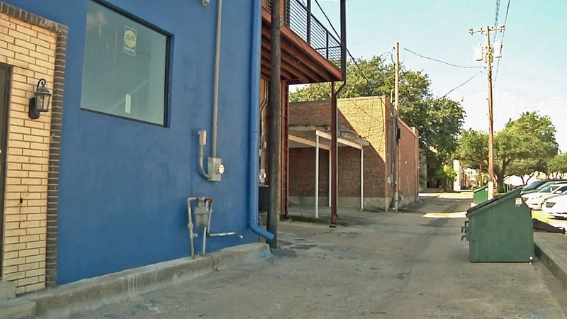 A grant will help Denison merchants deal with customers during a downtown renovation. (KTEN)