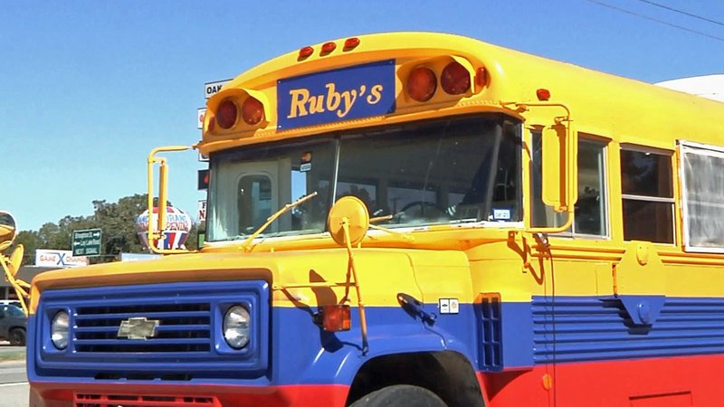 Ruby's Cuisine serves up Colombian specialties from this school bus. (KTEN)