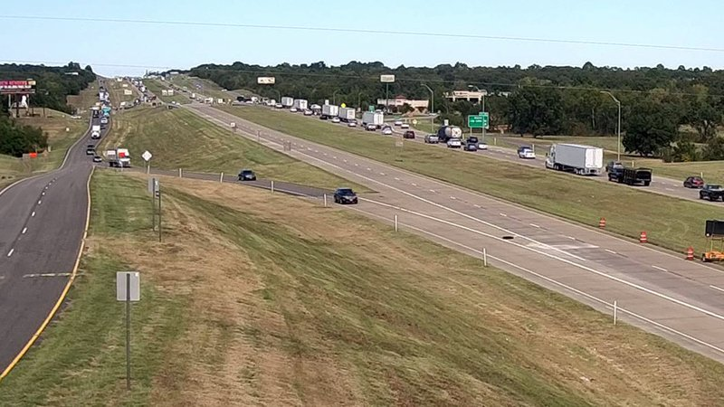 Traffic on US 75 was diverted to the service road after a fatal crash in Denison on October 16, 2019. (TxDOT)