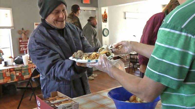 Center Cross Ministries provides hot meals for the homeless in Denison. (KTEN)