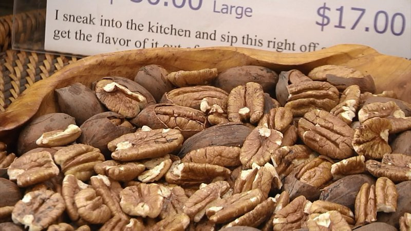 Foster Crossing Pecans in Anna, Texas, specializes in the holiday season staple. (KTEN)