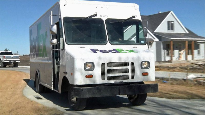 Van Alstyne residents can have their packages delivered to the police station. (KTEN)