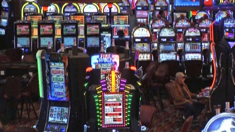 Oklahoma tribal casinos remained open after the state's January 1 deadline. (KTEN)