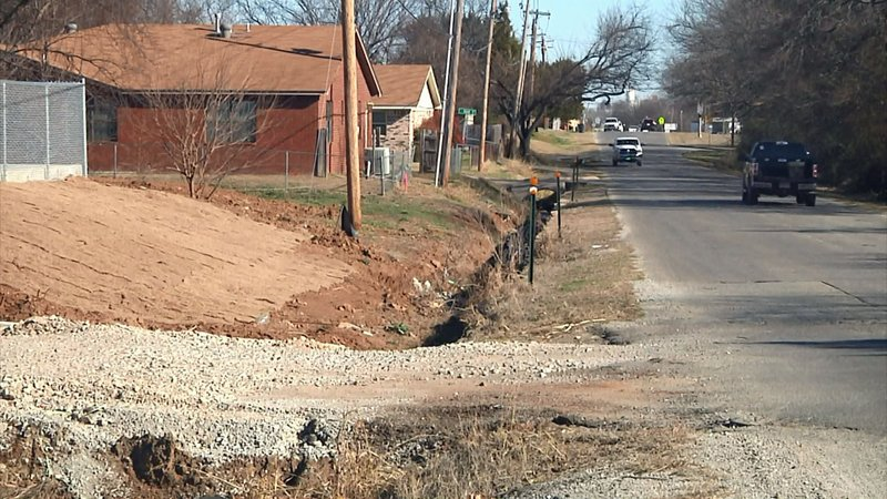 Workers will install a new storm sewer along Monroe Avenue in Ardmore. (KTEN)
