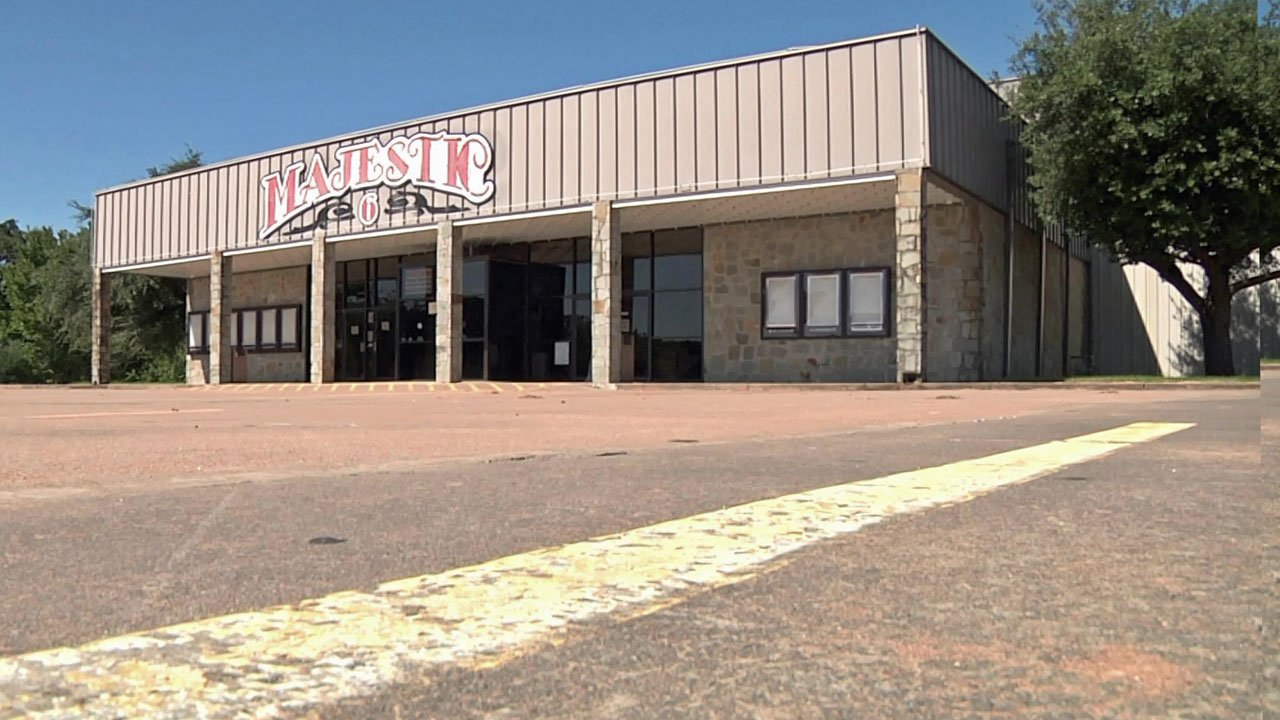 Fannin court finds temporary home at movie theater