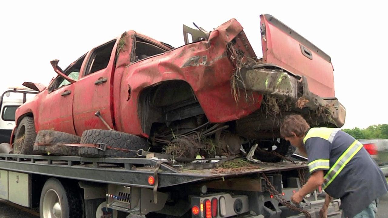 Two injured in Sherman highway crash